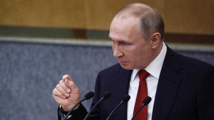 Putin'e 2036 yolu açıldı