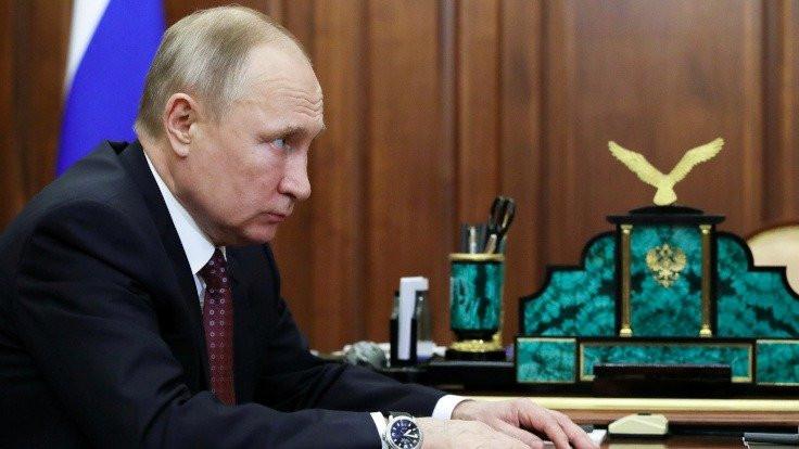 Kremlin: Putin'e virüs testi yapılmadı