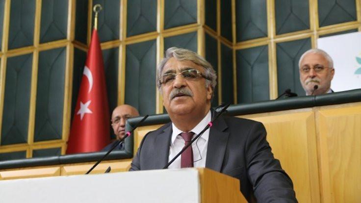 HDP'den 'evden çıkmayın' kampanyası