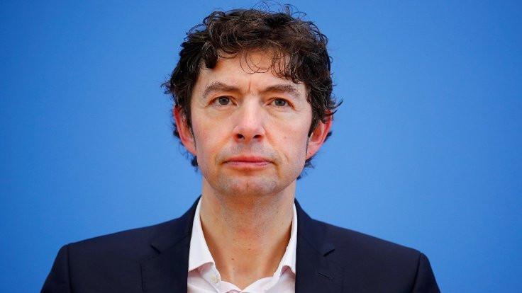 Alman hükümetinin virüs uzmanı Christian Drosten: Ölüm tehditleri alıyorum