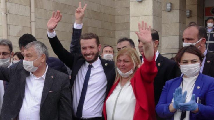 Ceyhan'da yeni başkan CHP'li Hülya Erdem