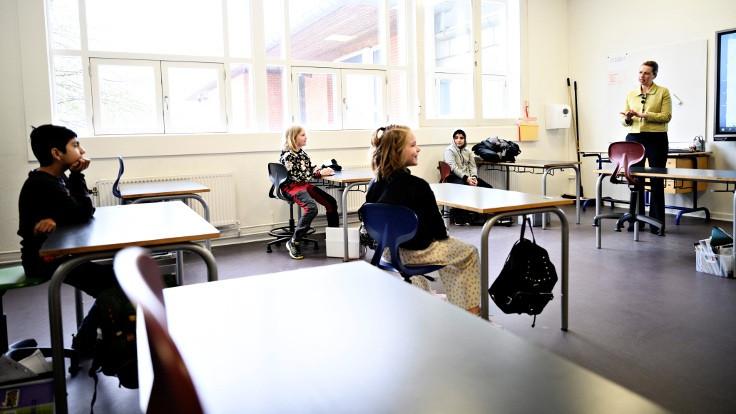 Danimarka'da okullar kısmi olarak açıldı