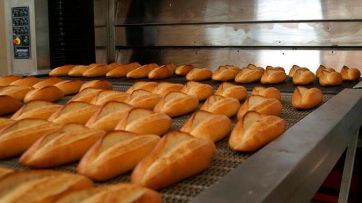 Ücretsiz ekmek dağıtan 3 kişiye gözaltı