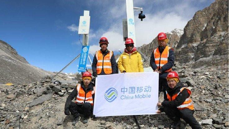 Everest'in tepesine 5G antenleri kuruldu
