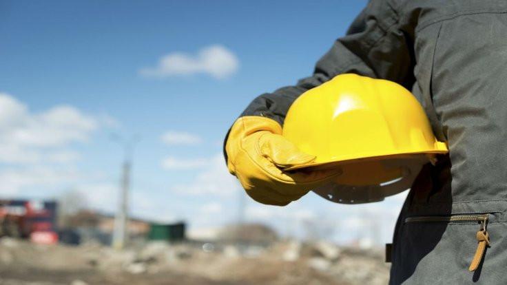 İşçi, kıdem tazminatı için toplanıyor