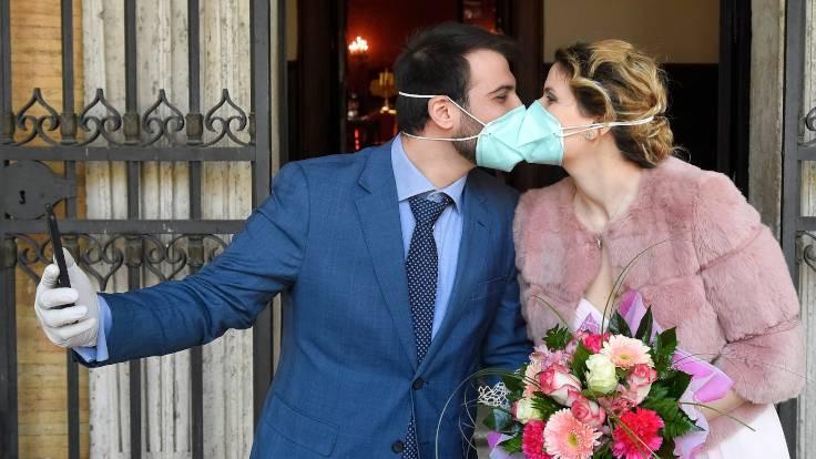 New York'ta internetten evlenme dönemi