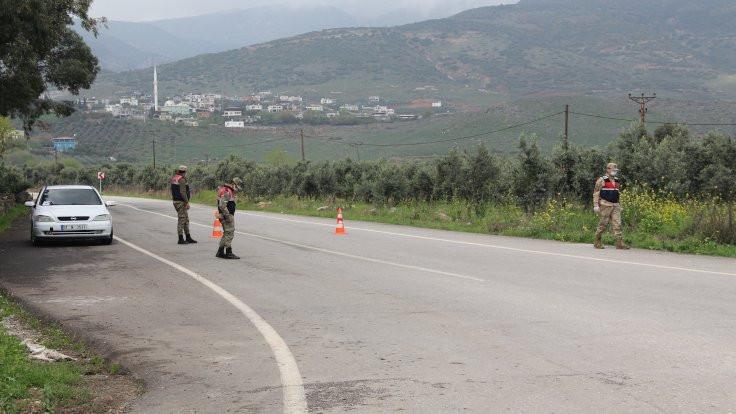 Kırıkhan'da iki mahalle karantinaya alındı