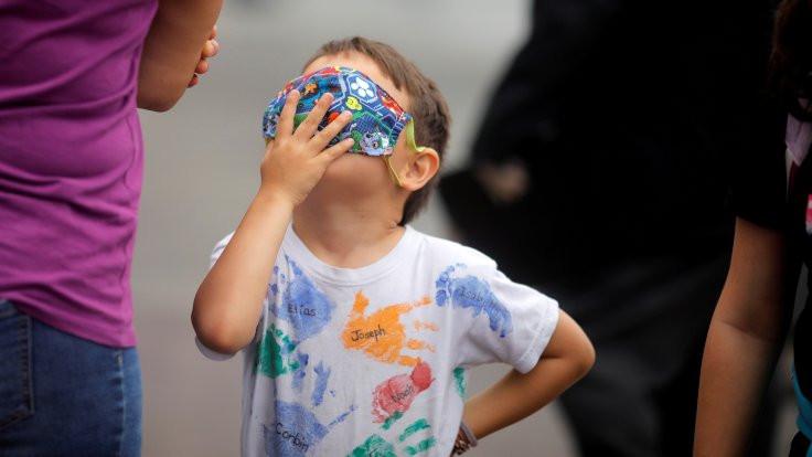 Salgında çocukları nasıl destekleyebiliriz?