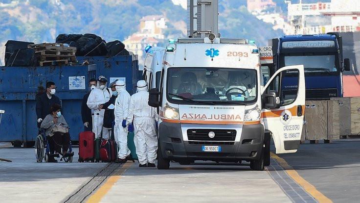 Korona salgını: İtalya'da ölü sayısı 21 bini geçti