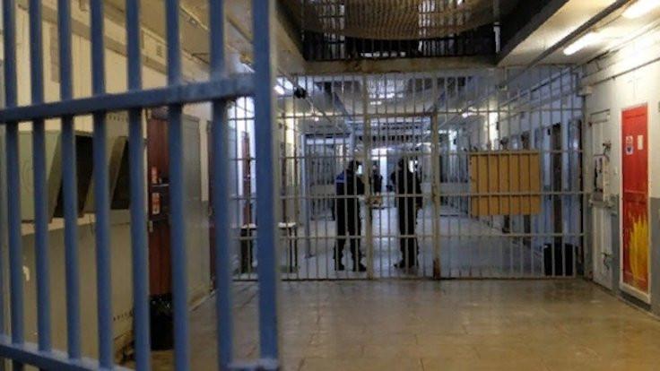 Rize'de 26 tutuklu virüs kaptı iddiası