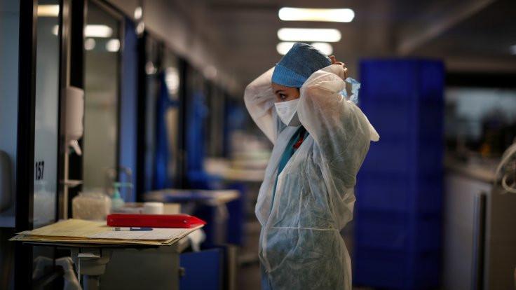 Koronaya karşı nikotin tedavisi test ediliyor