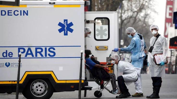 'Bakım evlerindeki hastaları ölüme terk ettik'