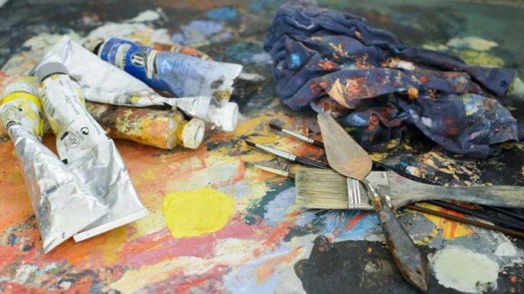 Ressam Burhan Kum: Sanatçının sanatıyla yaşayabilmesi için destek istiyoruz