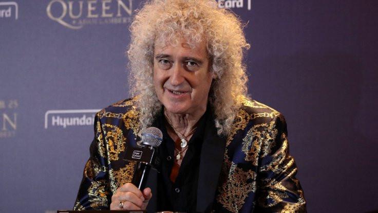 Queen grubunun gitaristi Brian May kalp krizi geçirdiğini açıkladı