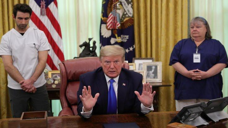 Trump Beyaz Saray'da ağırladığı hemşireyle atıştı