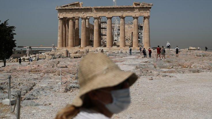 Atina'da Akropolis kapılarını ziyaretçilere açtı
