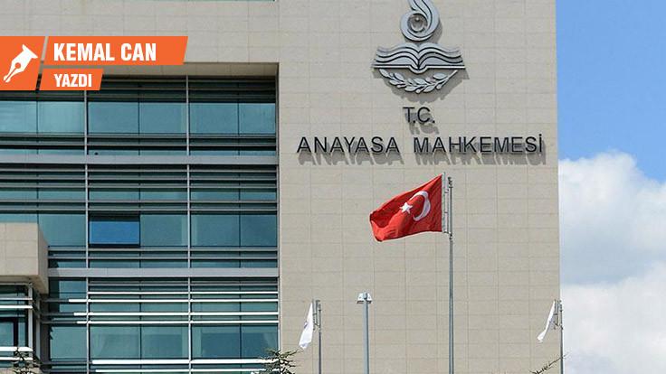 'Anti-hukuk günlerinde' AYM'den beklenen