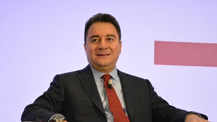 Babacan: AK Parti'de nemalanma yarışı var
