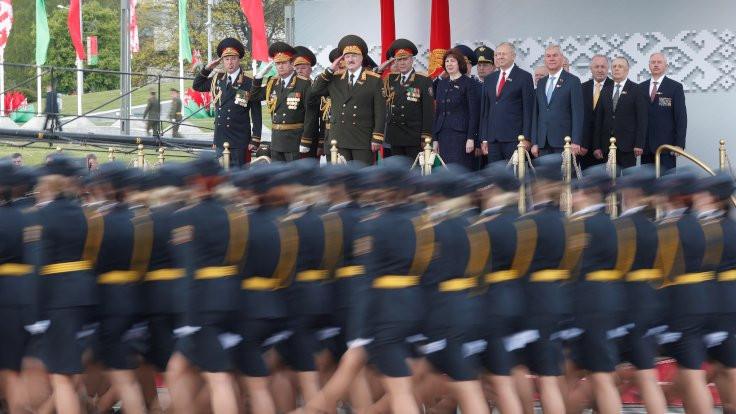 Koronaya rağmen Belarus'ta kutlama