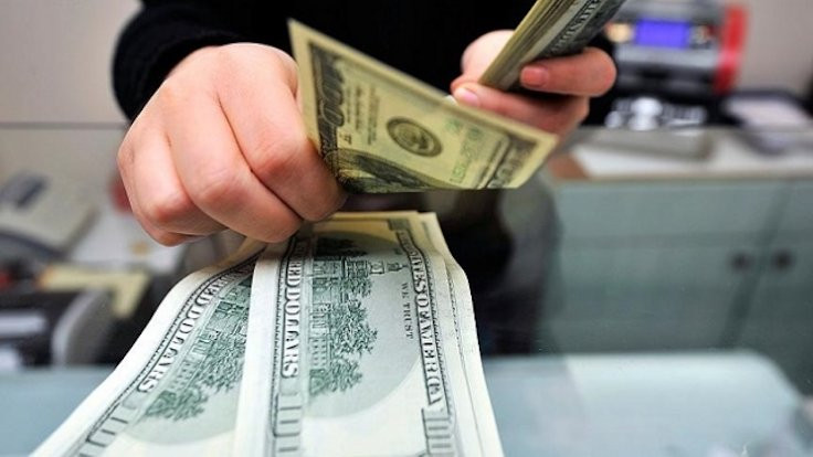 Dolarda yeni tarihi zirve: 7,26