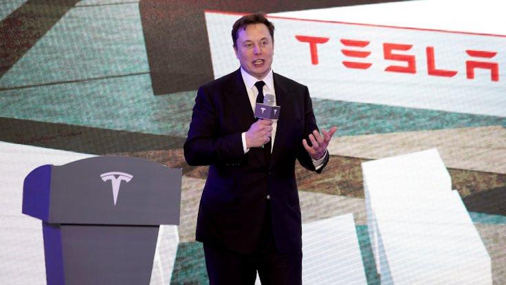 Musk tweet attı, Tesla'nın değeri düştü