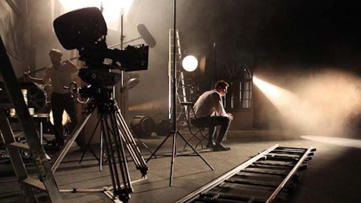 Sinema ve televizyon dünyasından 'salgın' kılavuzu