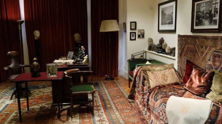 Freud'un evi online'da