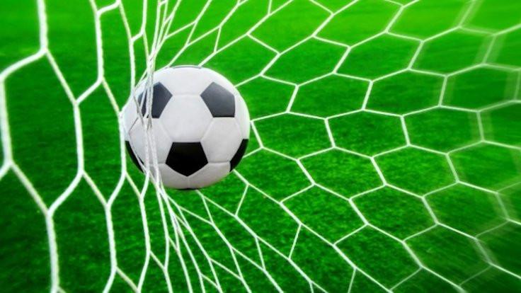 Futbolda 5 oyuncu değişecek