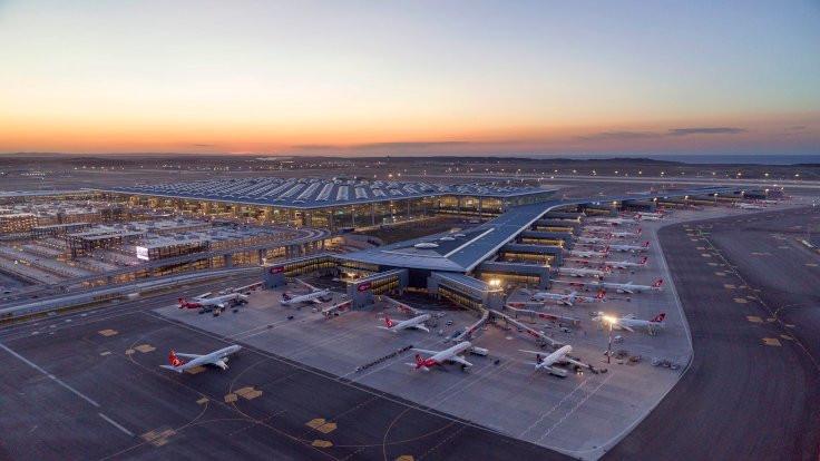 İstanbul Havalimanı: Maskesiz uçulmayacak