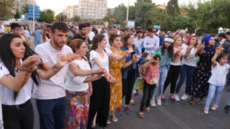 'Demografi HDP'den taraf gelişiyor'