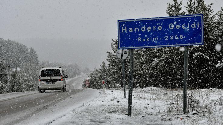 Erzurum ve Kars'ta kar yağışı