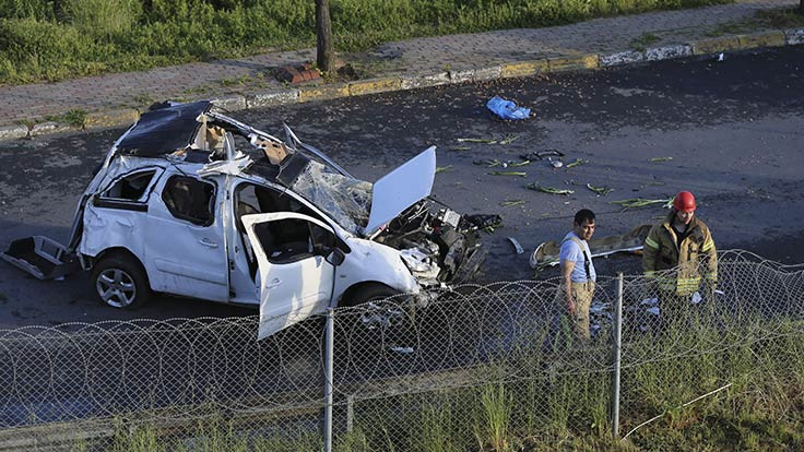 Bağcılar'da kaza: 1 ölü, 1 yaralı