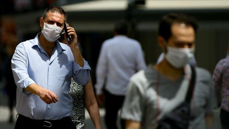 Şarj aletiyle kendini temizleyen maske