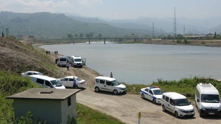 Kayıp Pınar Sarı'nın cesedi ırmakta bulundu
