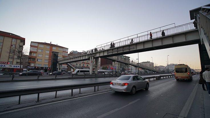 İstanbul'un yaya üst geçitleri yenileniyor