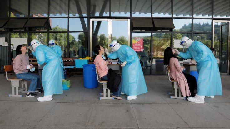 Çinli doktor: Virüs artık Wuhan'daki gibi değil