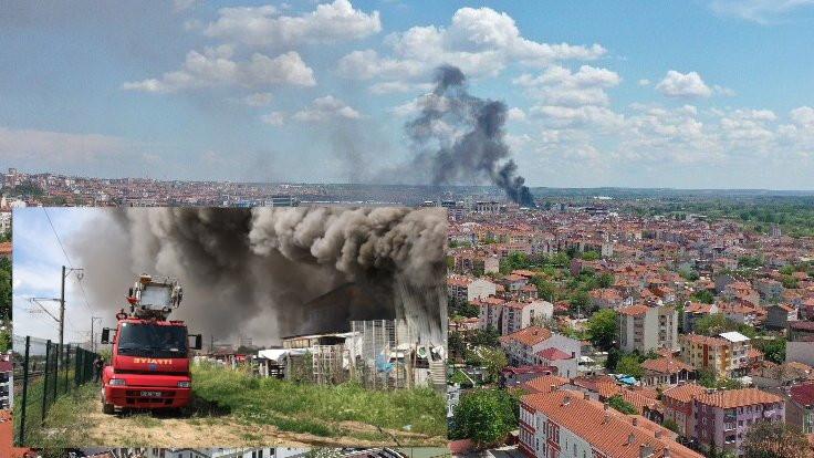 Tekzen'in Edirne deposunda yangın