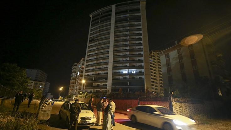 Ankara'da 18 katlı binaya tahliye