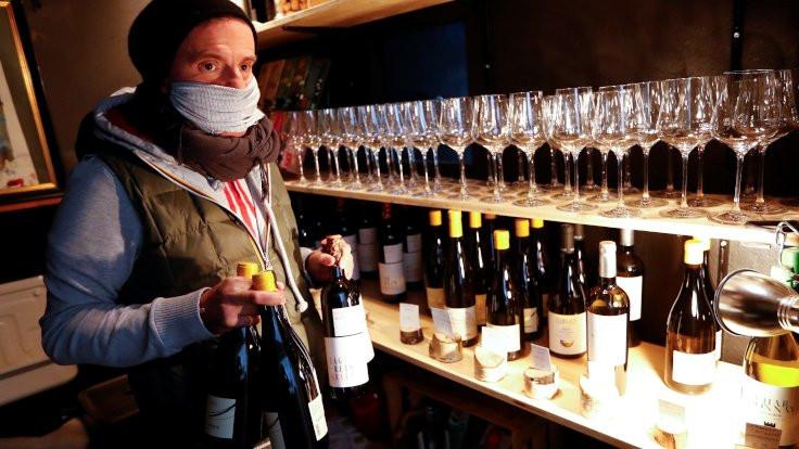 Fransa'da şaraptan dezenfektan üretilecek