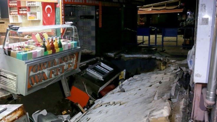 Ortaköy'de yol çöktü: 1 yaralı