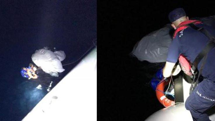 Mültecileri taşıyan bot battı: 4 kişi kayıp