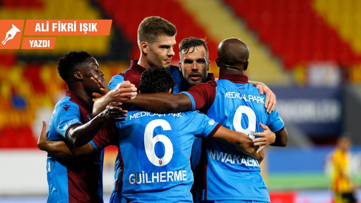 Trabzonspor lider kalmayı başardı