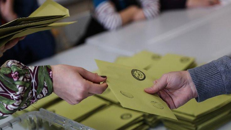 Son anket: En 'kararsız' AK Parti seçmeni