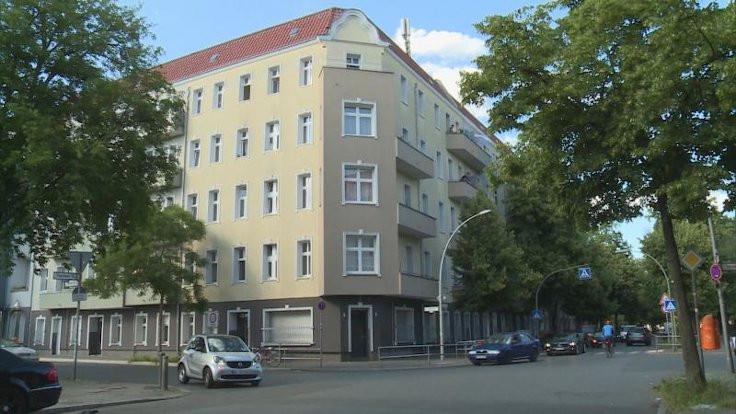 Berlin'de tek bir apartmanda 54 vaka