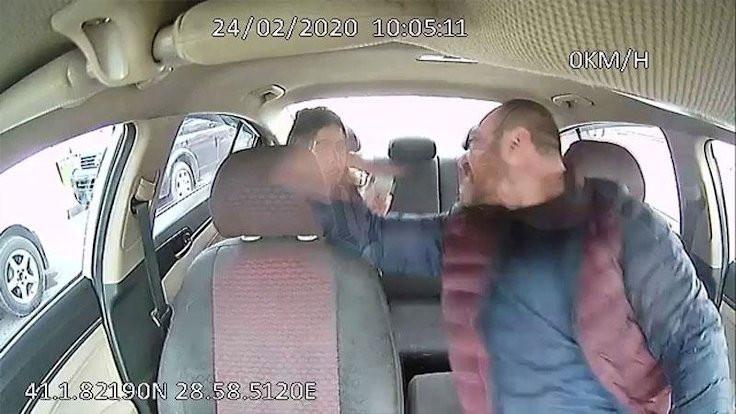Faslı müşterisini darbeden taksicinin belgesi iptal