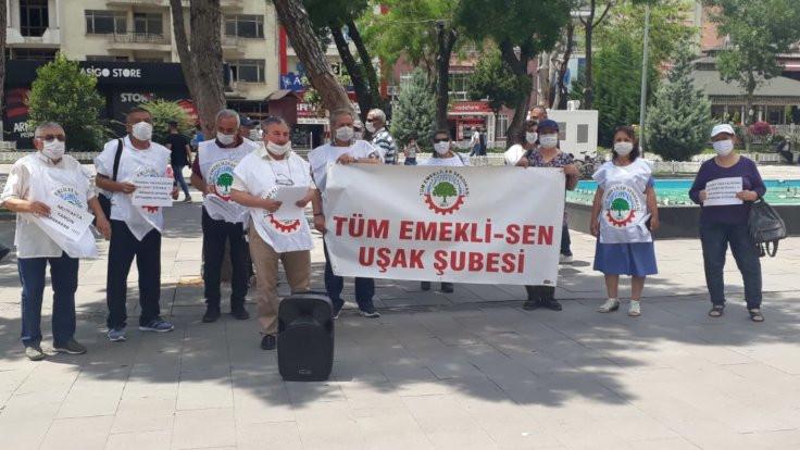 Uşak'ta emeklilerden zam protestosu