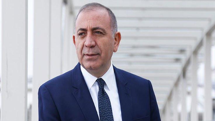 Hakim Ali Gündeş'ten Gürsel Tekin'e hakaret