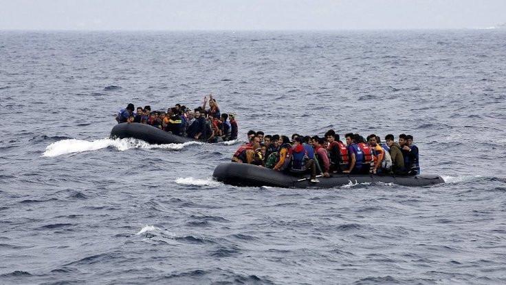 95 sığınmacı 34 saattir kurtarılmayı bekliyor