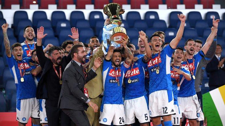 Napoli İtalya Kupası'nı kazandı