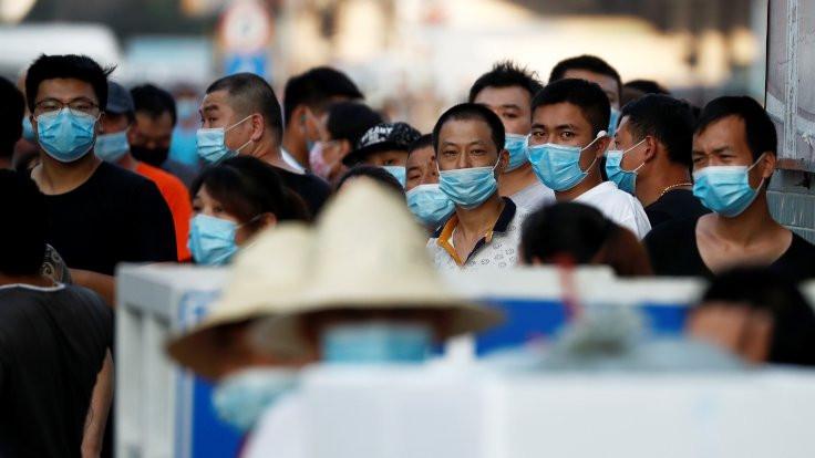 Vakalar arttı, Pekin'de acil durum ilan edildi